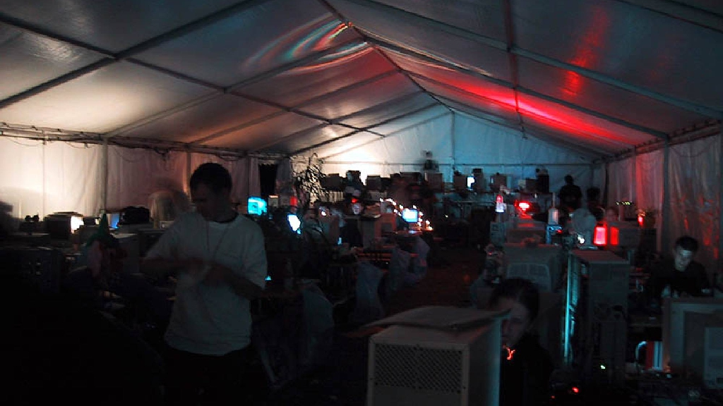 UC5.25 party tent
